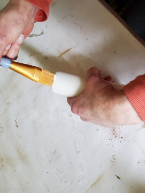 painting the base of my rustic décor DIY