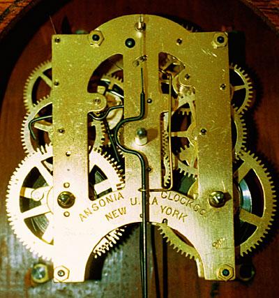 Movement of Ansonia oak kitchen clock