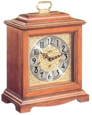 An excellent sounding quartz mantel clock, Hermle model 22825-i92115.