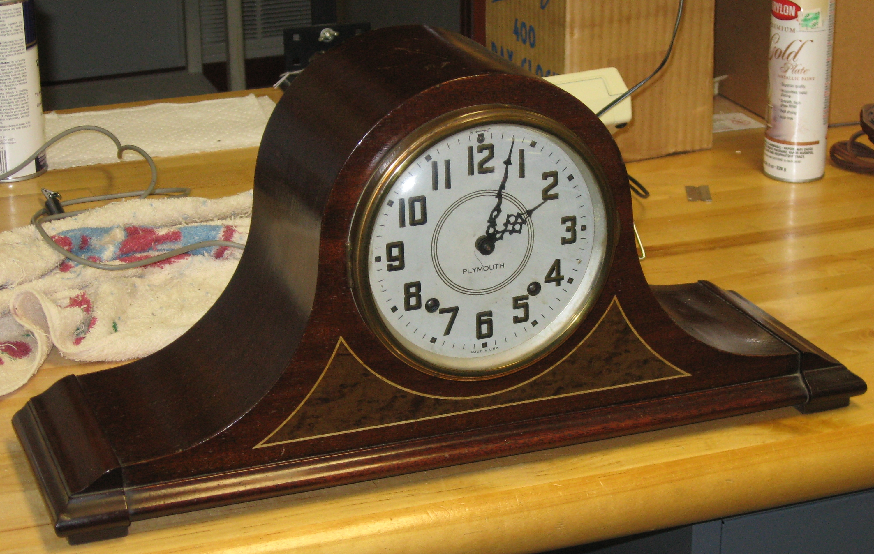 Two seth thomas plymouth tambour mantel clocks 1938 and 1940 the older dial has embossed numerals but the numerals on the newer dial are printed only both clocks have instruction labels inside the back doors and are amipublicfo Images