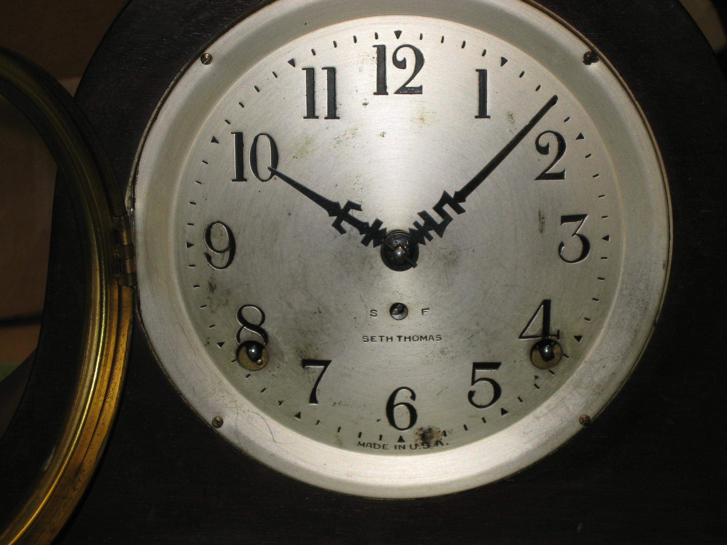 Seth Thomas Tambour Mantel Clock With St Hands Clockinfo Com