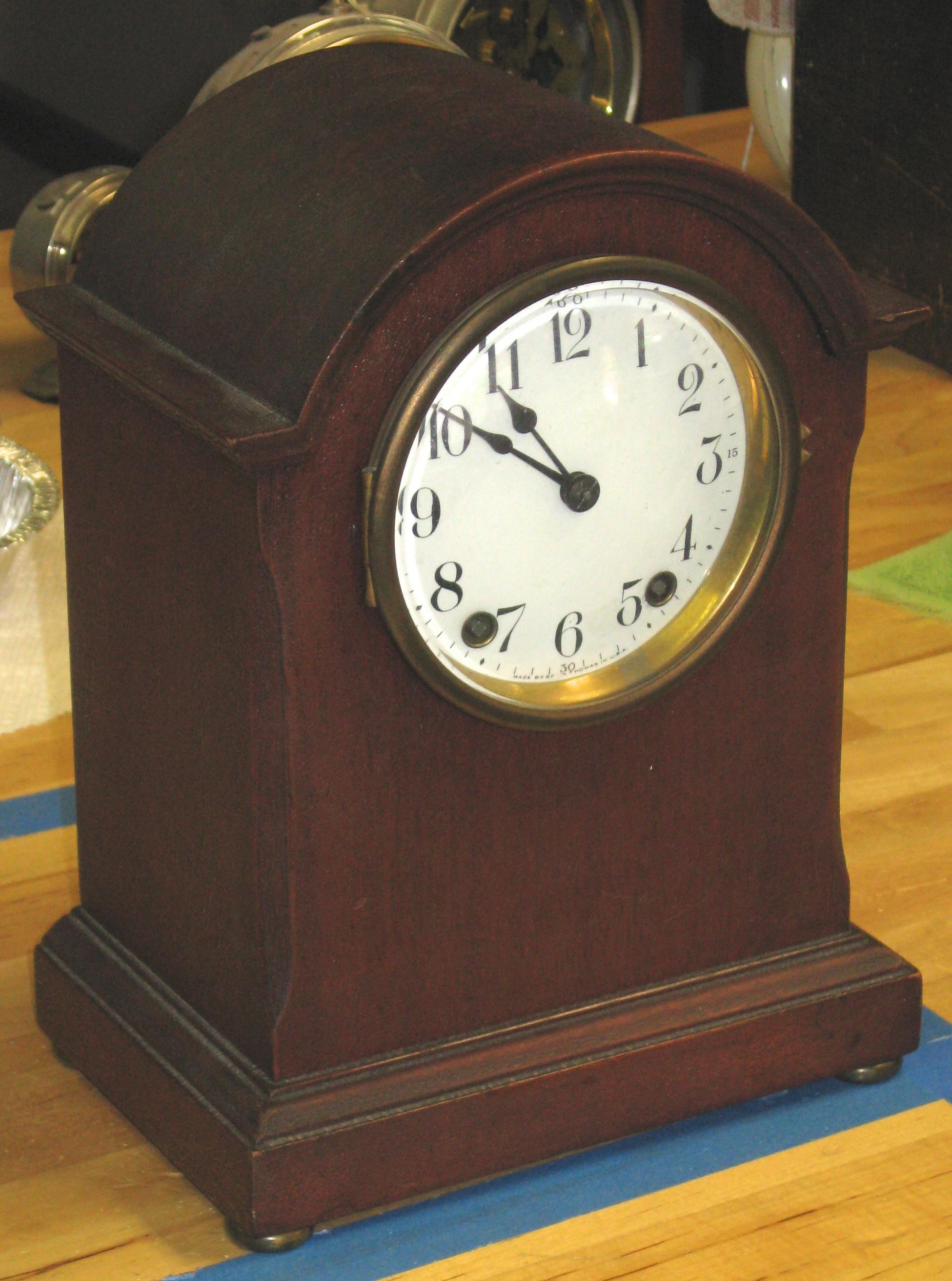 Seth Thomas Small Mantel Clock with B-48-J Movement : ClockInfo.com