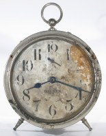 """Big Ben dial with """"45"""" at the bottom. Poor condition, but rare."""