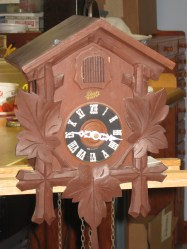 Clock without the top carving