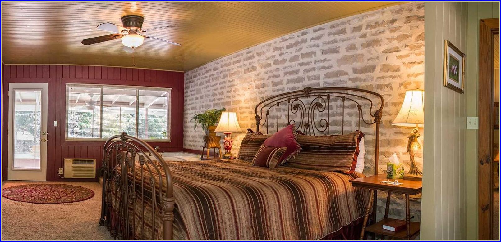 Fredericksburg Bed And Breakfast Tx