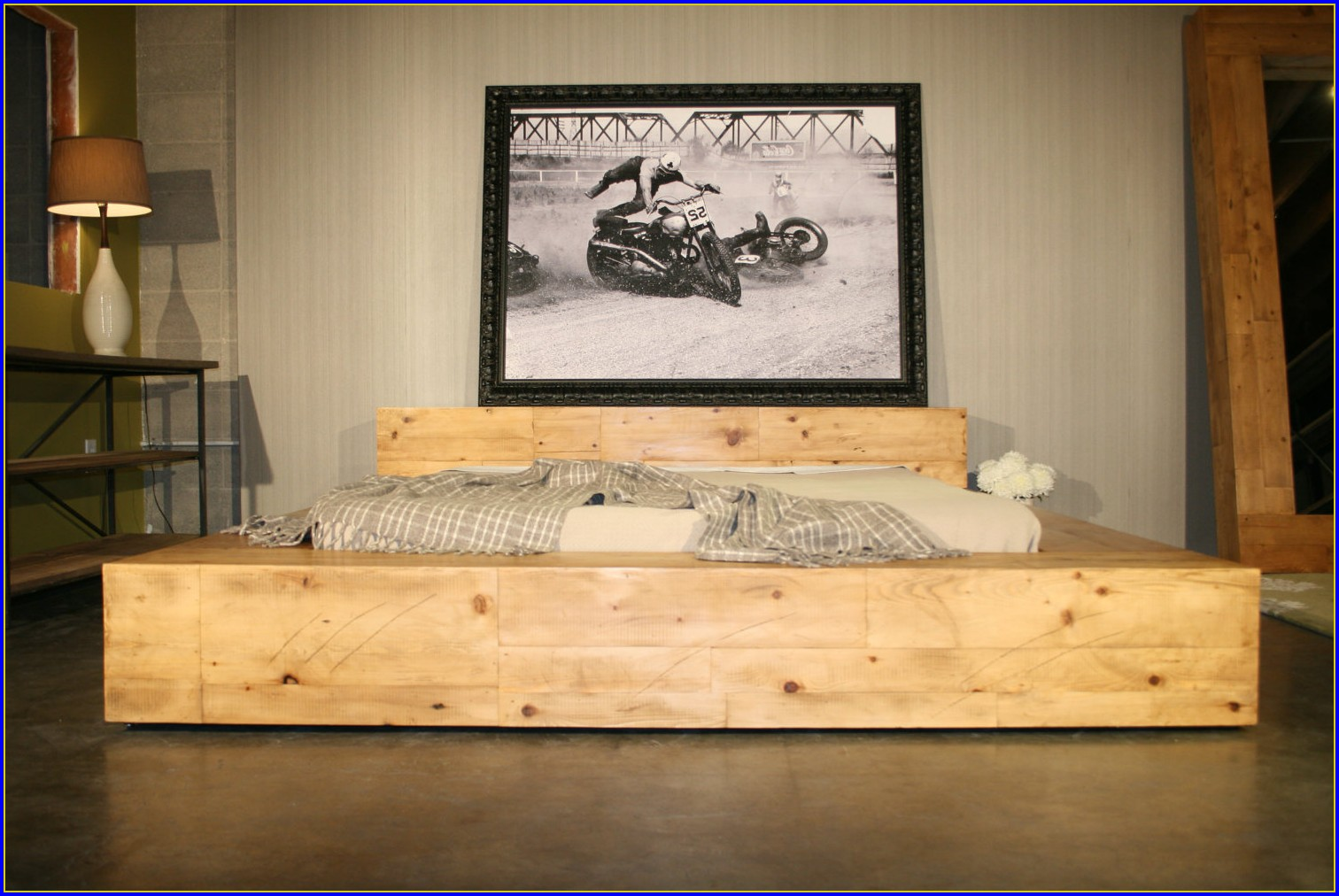 Reclaimed Wood Bed Diy