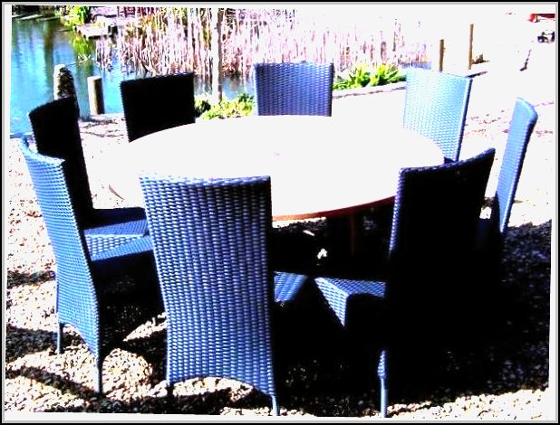 Round Wicker Patio Furniture Sets