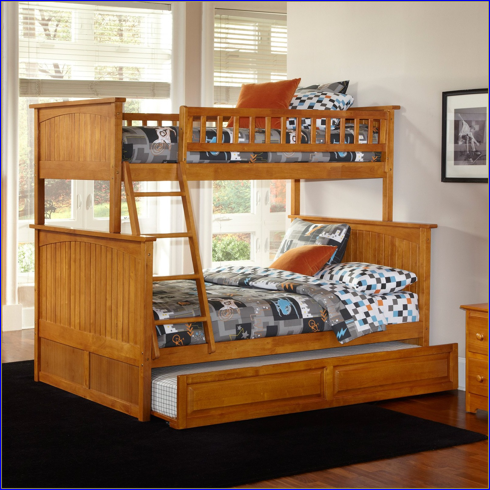Upholstered King Bed With Drawers