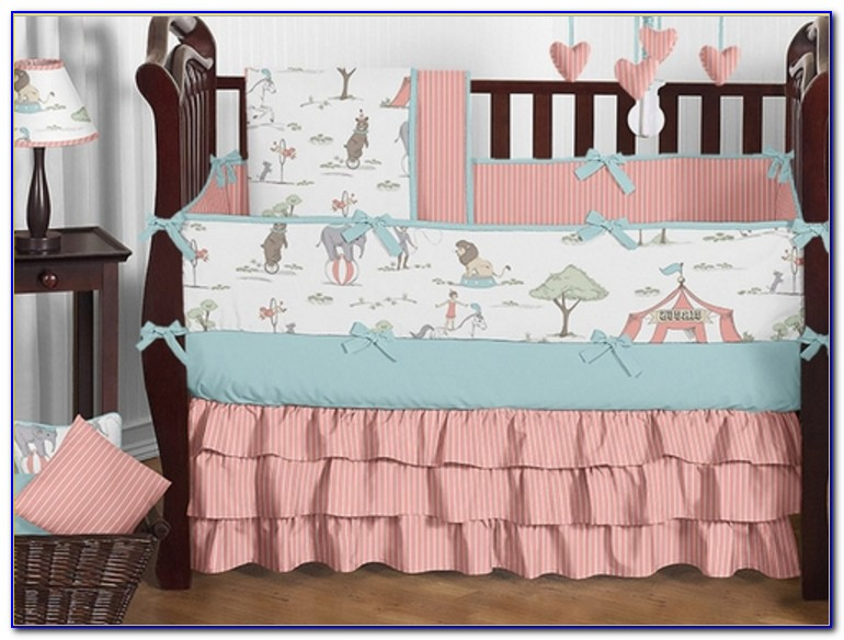 Coral And Turquoise Dorm Bedding