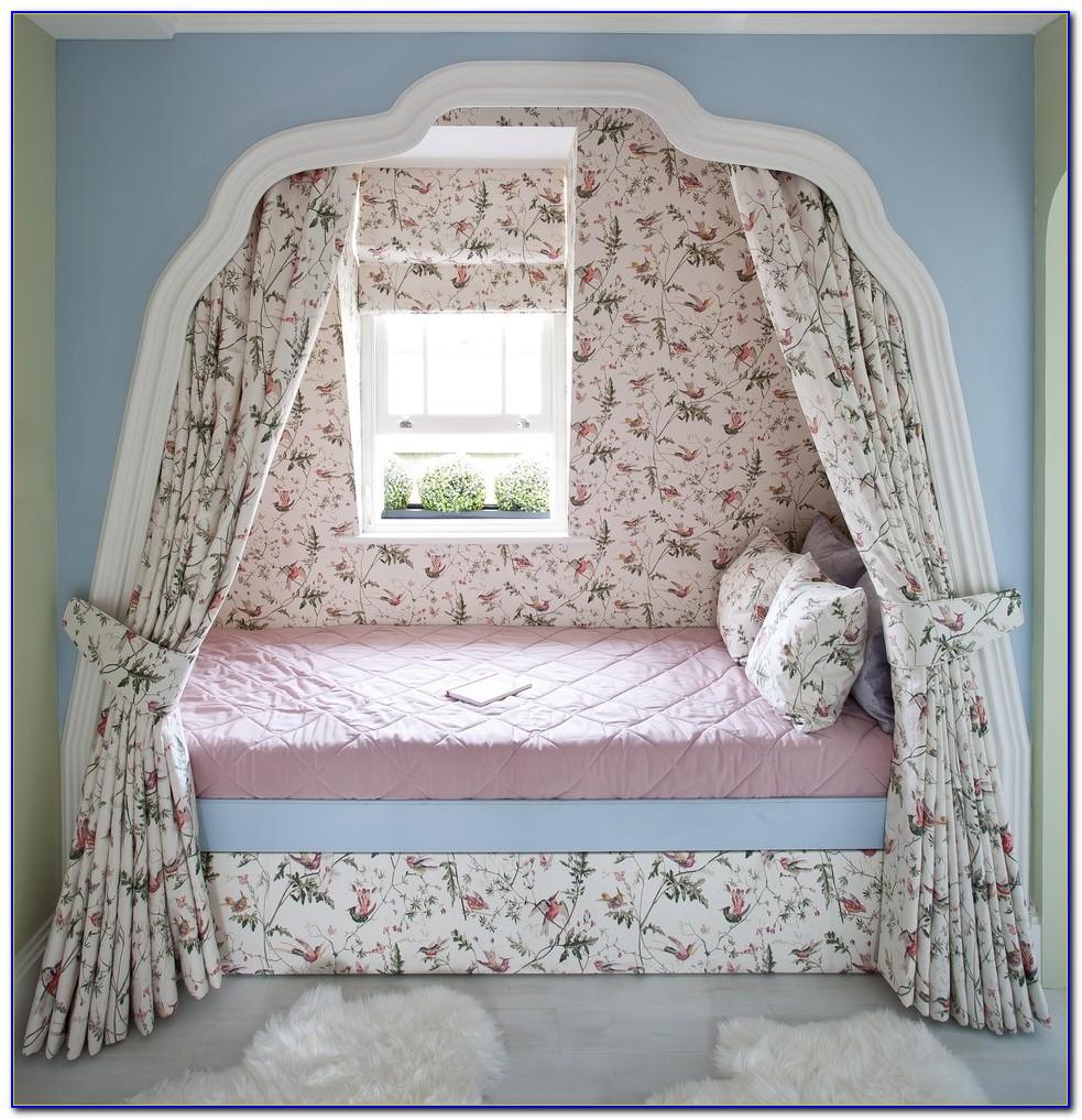 Cute Dorm Setups