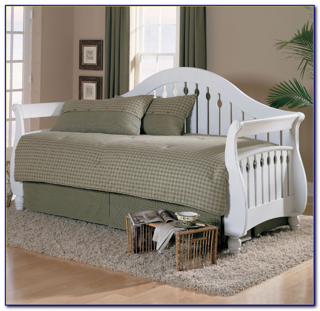 Trundle Daybed White