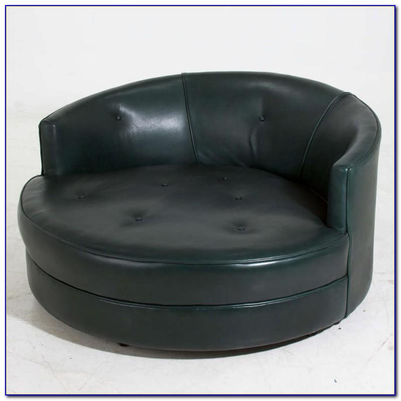 Oversized Round Swivel Chair Black