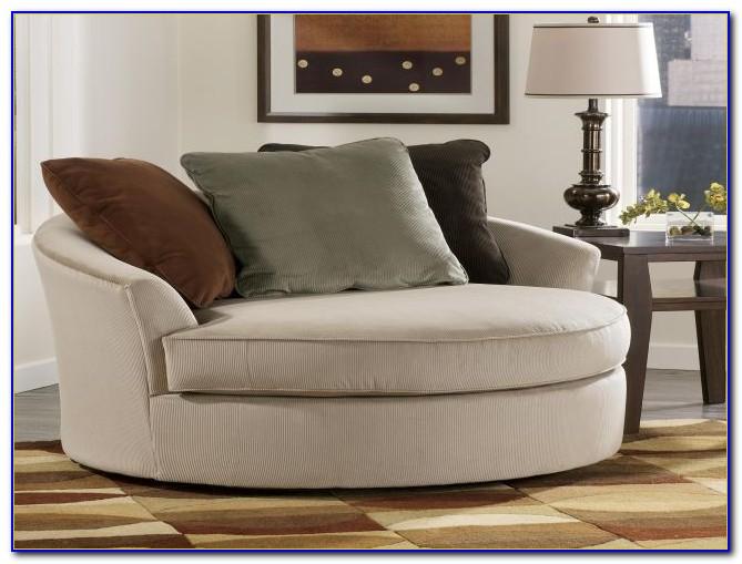 Oversized Round Swivel Lounge Chair