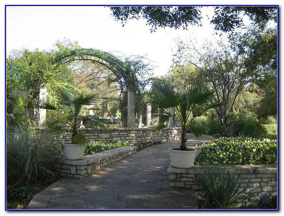 Fort Worth Botanical Gardens Fourth Of July