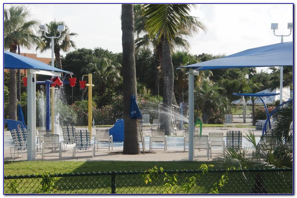 Moody Gardens Palm Beach Season Pass