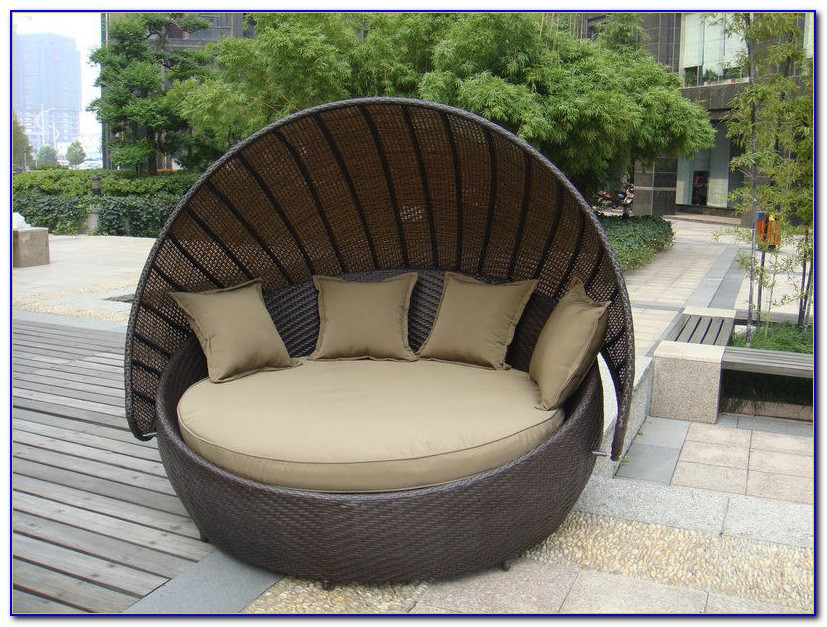 Resin Wicker Outdoor Furniture Set