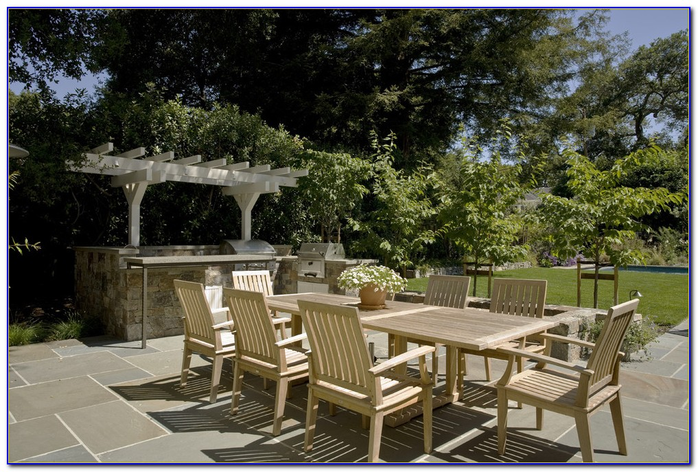 Smith And Hawken Outdoor Furniture Set