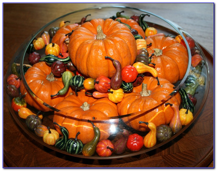 Thanksgiving Table Decorations Crossword