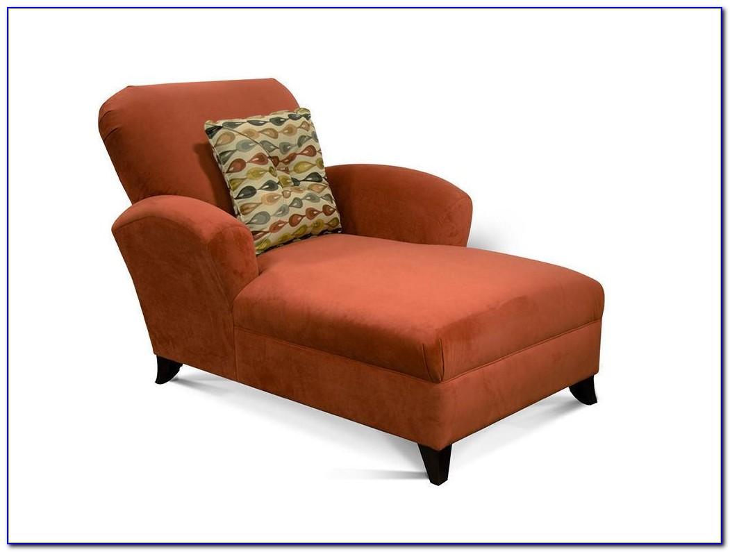 Chaise Lounge Living Room Arrangement