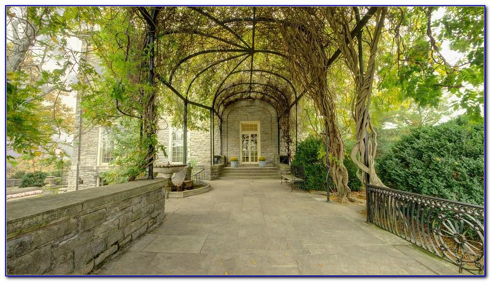 Cheekwood Botanical Garden And Museum Of Art In Nashville