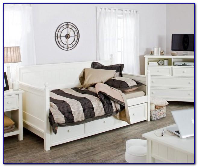 Daybed Living Room Pinterest
