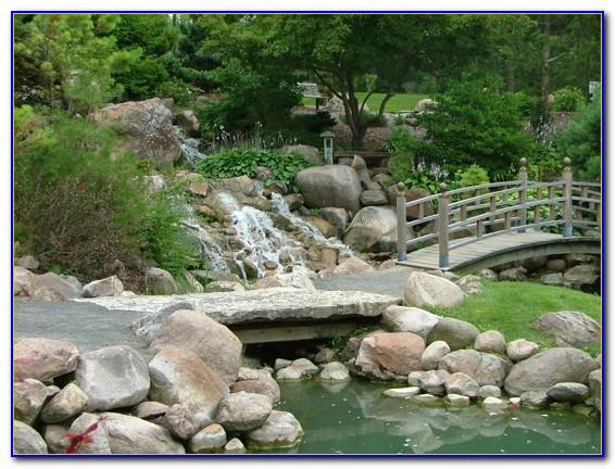 Dubuque Arboretum And Botanical Gardens At Marshall Park