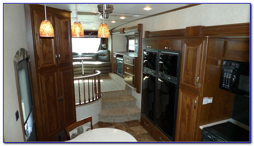 Front Living Room 5th Wheel Rvs