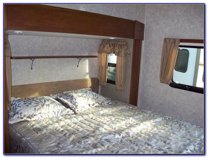 Front Living Room 5th Wheel Travel Trailers