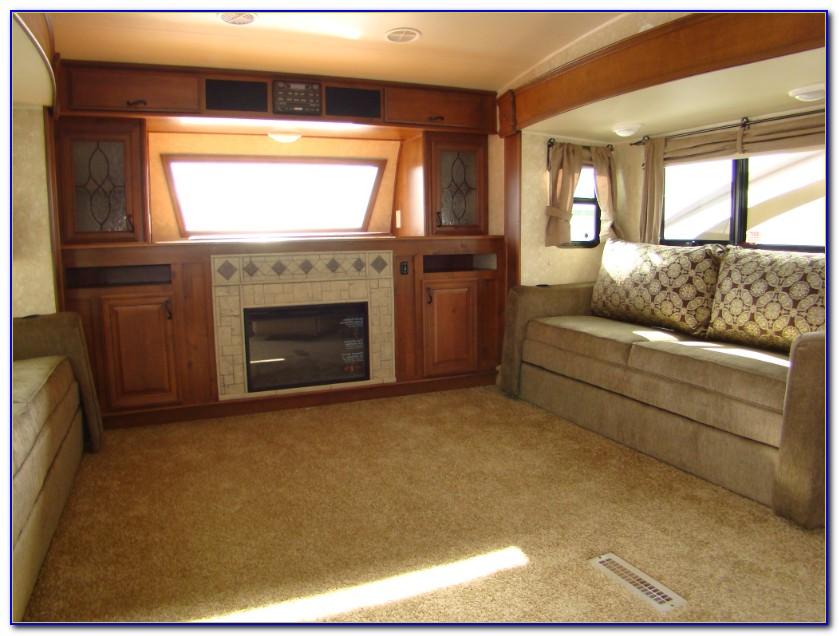 Front Living Room Fifth Wheel Alberta