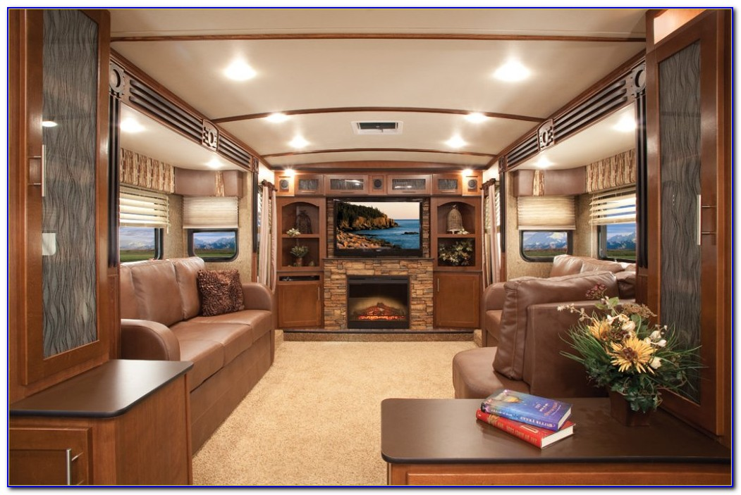 Front Living Room Fifth Wheels Used