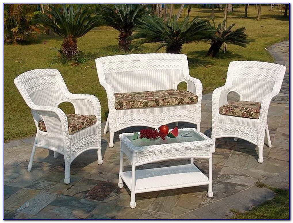 Hampton Bay Patio Dining Set