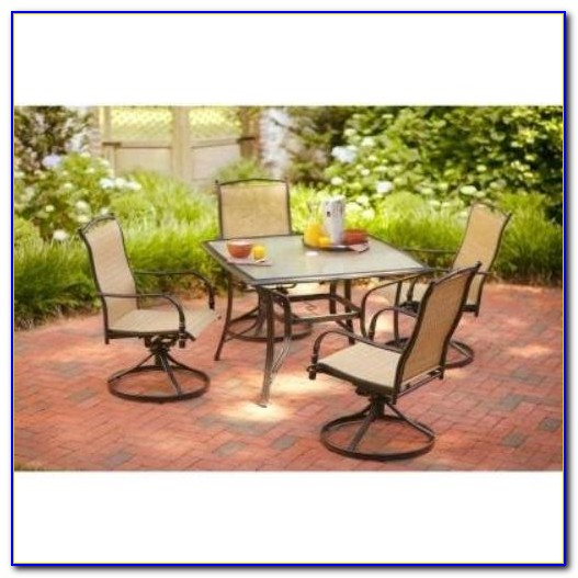 Hampton Bay Patio Umbrella