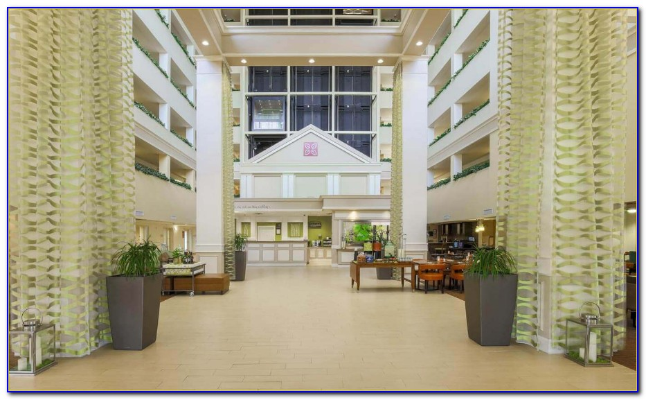 Hilton Garden Inn Dallas Market Center Hotel