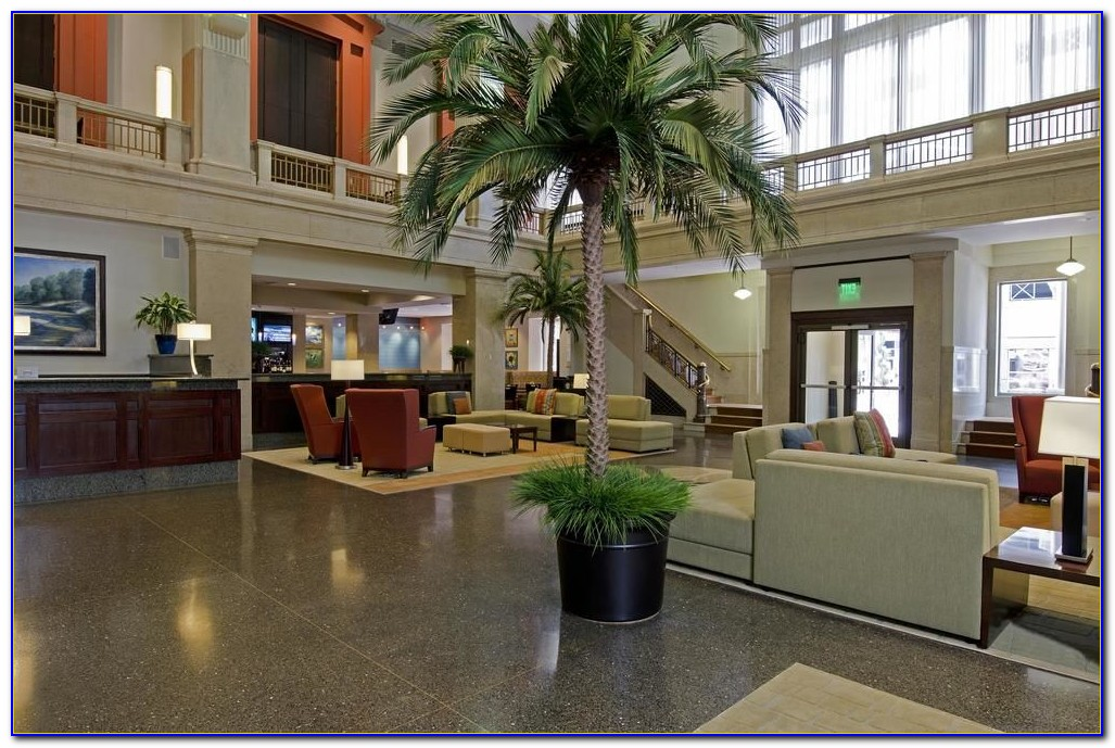 Hilton Garden Inn Indianapolis Downtown Airport Shuttle