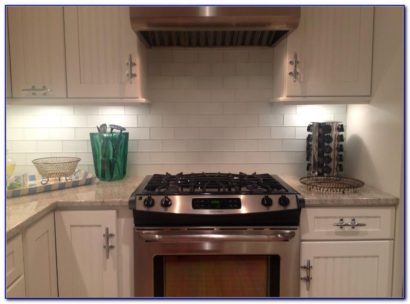 Kitchen Backsplash Tiles Design
