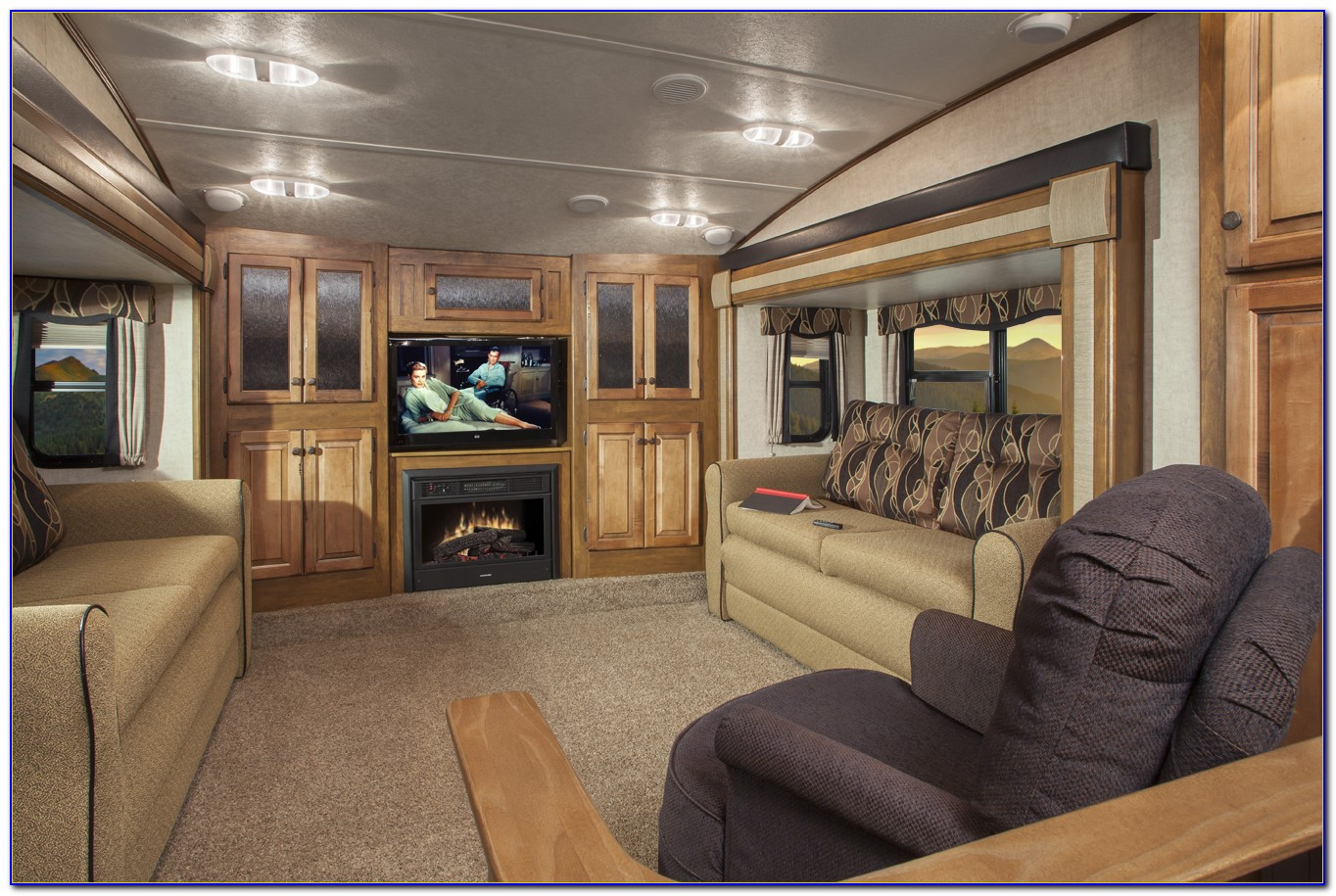Luxury Fifth Wheels With Front Living Room