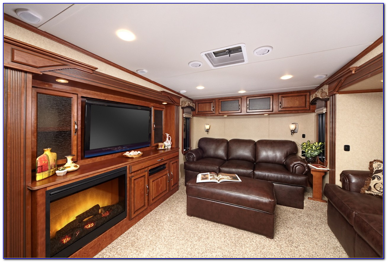 New Fifth Wheels With Front Living Room