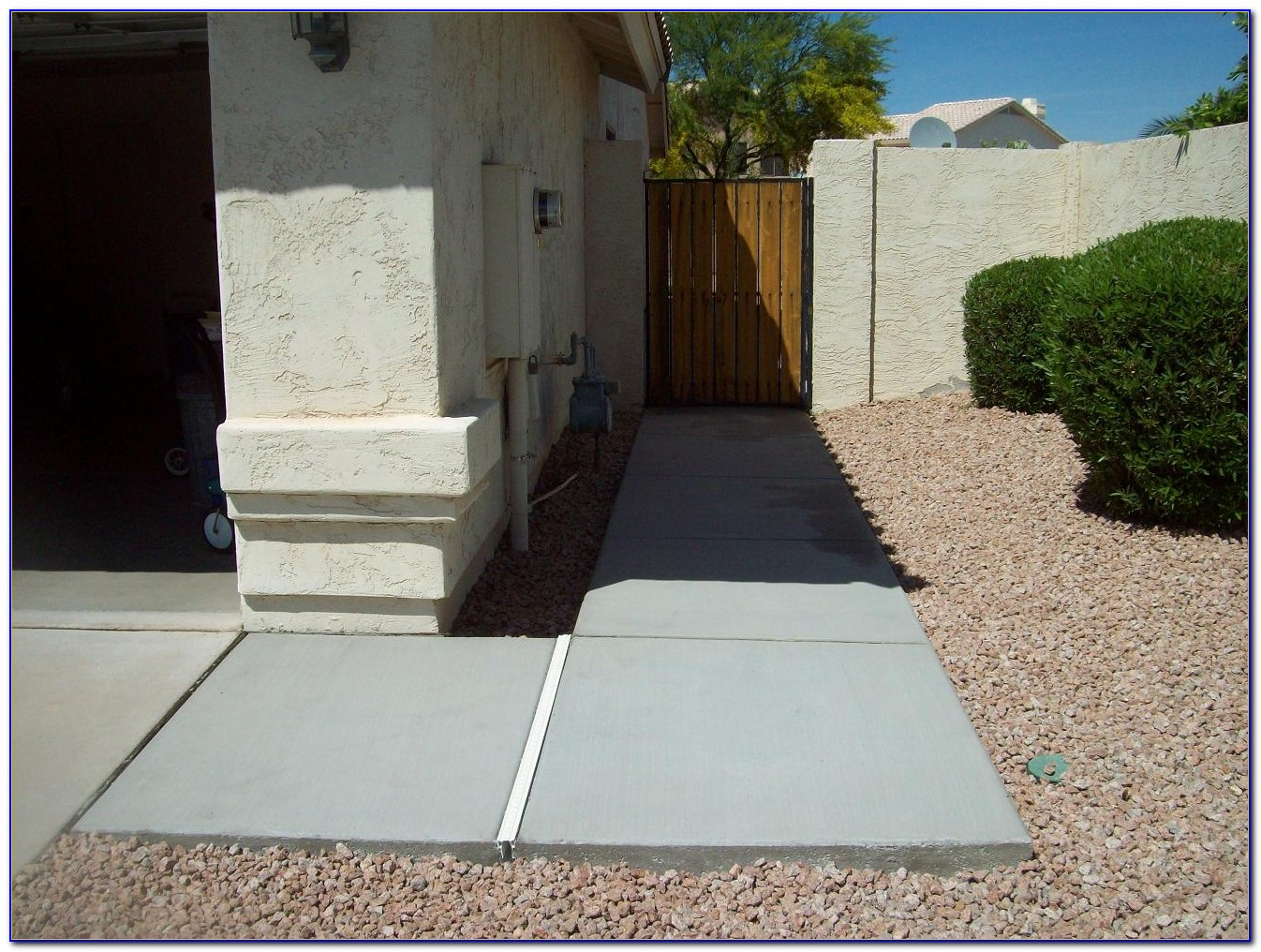 Pouring Concrete Patio With Steps