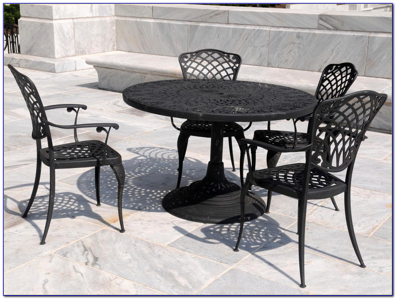 Wrought Iron Patio Table With Umbrella Hole