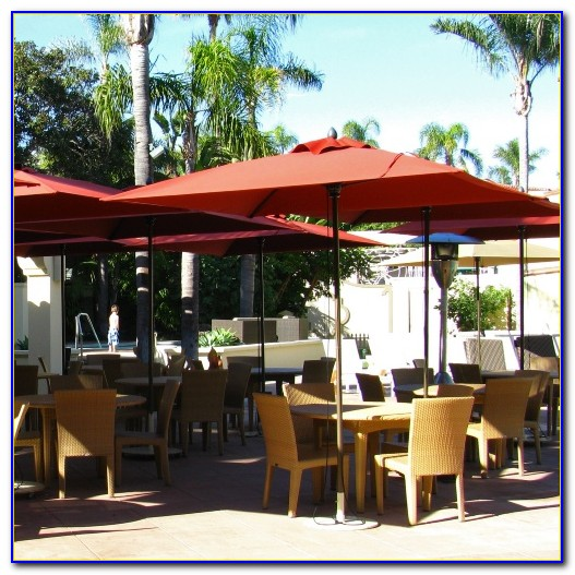 6 Foot Offset Patio Umbrella
