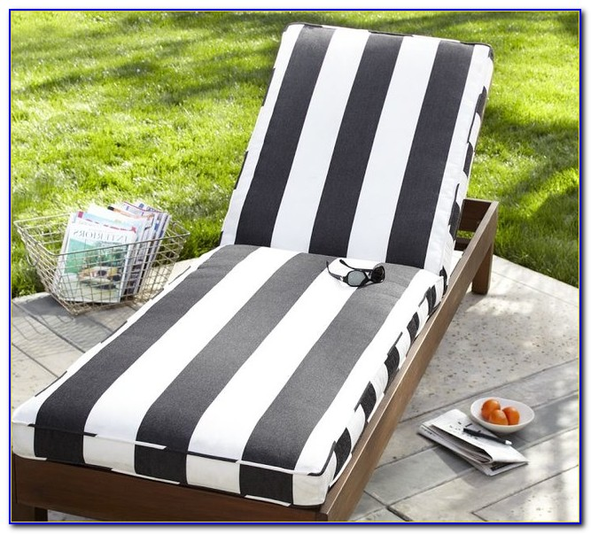 Black And White Damask Outdoor Cushions