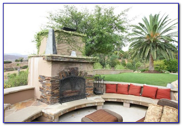 Curved Patio Seating Wall