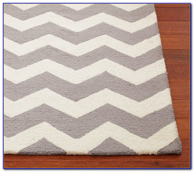 Grey Chevron Rug 5x8