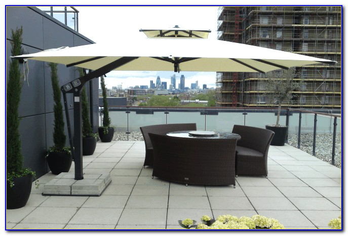 Large Cantilever Outdoor Umbrellas