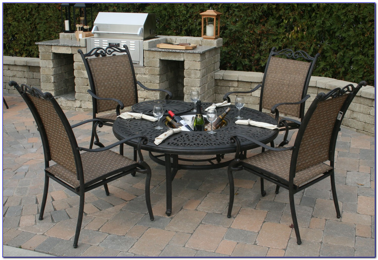 Metal Patio Tables And Chairs