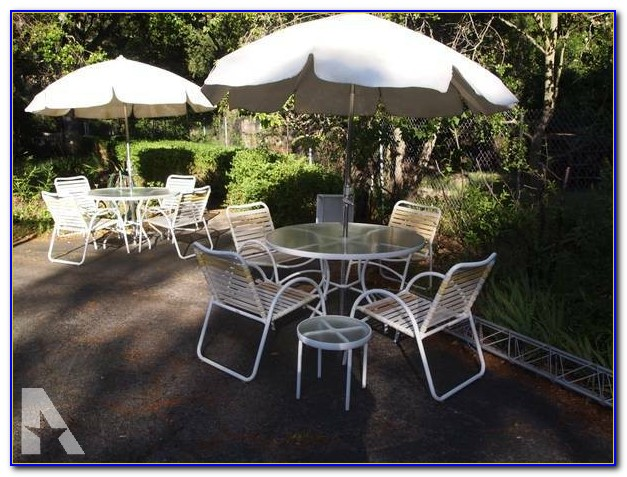Patio Table And Chair Set With Umbrella