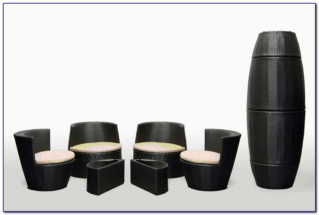 Stackable Outdoor Furniture Set