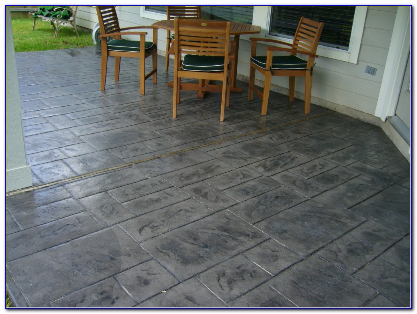 Stamped Concrete Patio Designs With Fire Pit
