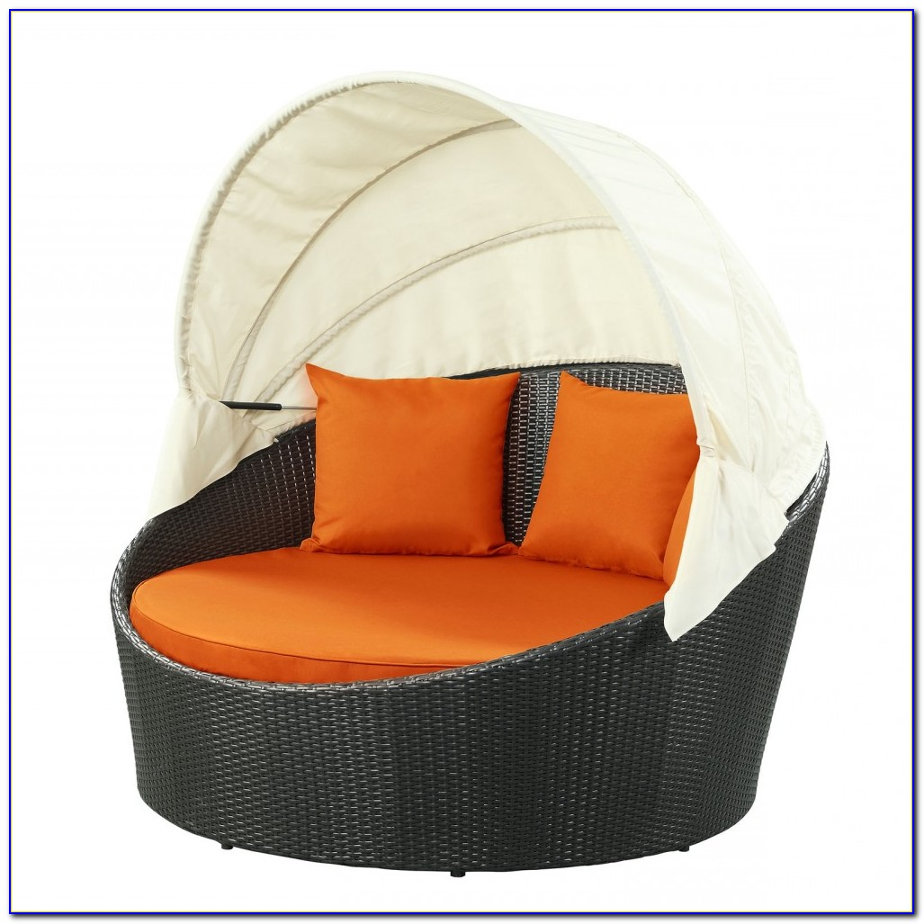 Taiji Outdoor Patio Daybed In Brown Orange
