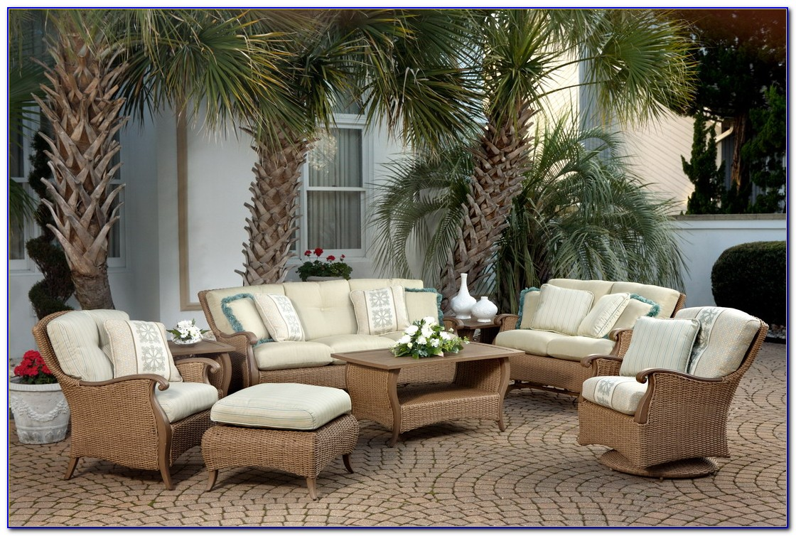 Wicker Outdoor Couch